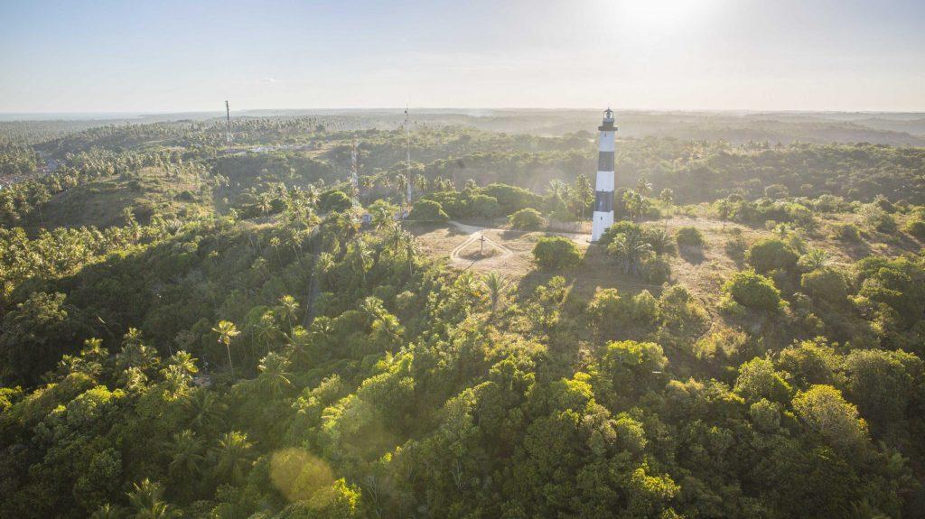 imagem aérea do farol de porto de pedras
