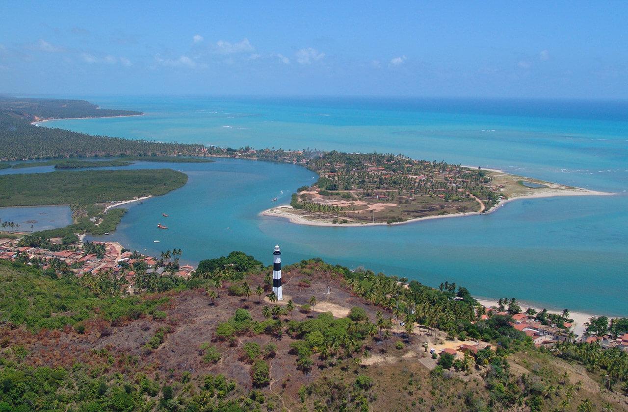 Japaratinga Lounge Resort em frente à praia